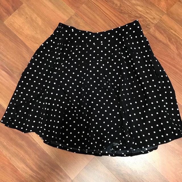 Polkadot skirt