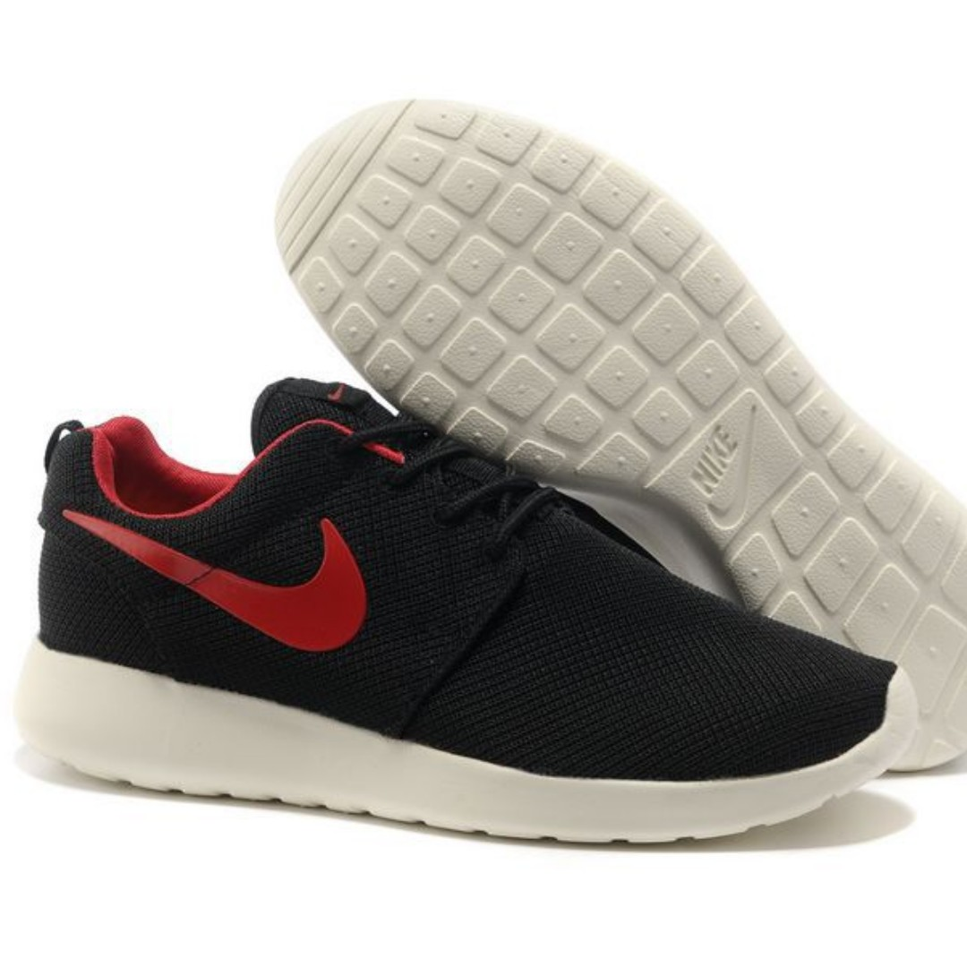 quality design aeeef 0c53e Roshe Run 1 Black & Red Running Shoes