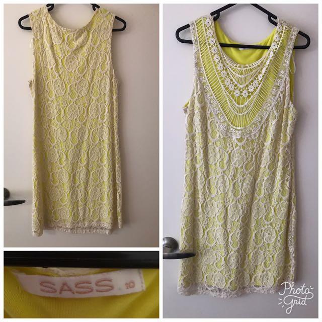 Sass yellow lace dress size 10