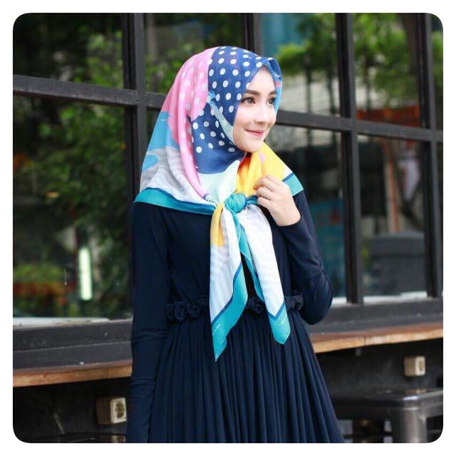 Voal printed scarf me.n.ma scarf