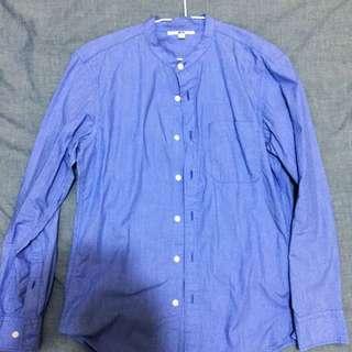 🚚 UNIQLO 藍色襯衫