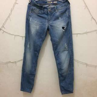 Stradivarius Ripped Jeans