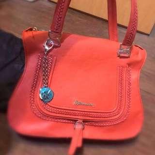 🚚 🔴法國品牌🔴法國百年 包 法國bonsin典藏金屬飾扣 橘紅 編織 真皮牛皮手提包 肩背包 可放A4♥WOw