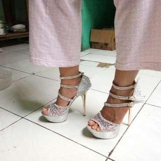 High heels 14cm