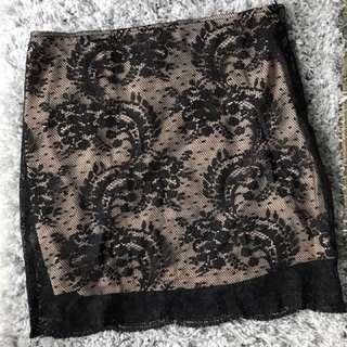 Lace Mini Skirt Size M
