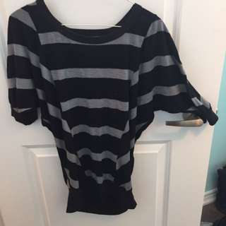 Stripped shirt with keyhole back