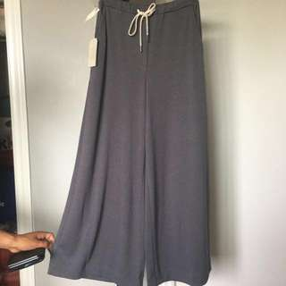 Aritzia Wilfred Free Hoomans wide leg pant