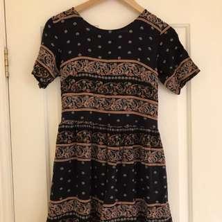 Cute patterned Dress Size 10
