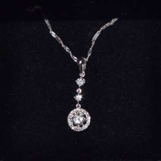 Diamond & 18K Platinum Nacklace