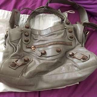 58a9824bcd balenciaga bag giant