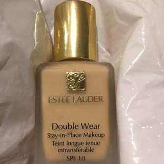Estée Lauder Double Wear SPF10