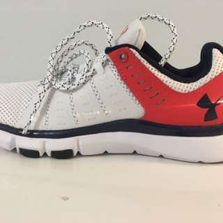Under Armour Women's Sneaker (Size 8)