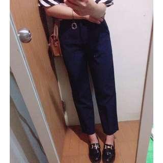 深藍色西裝褲