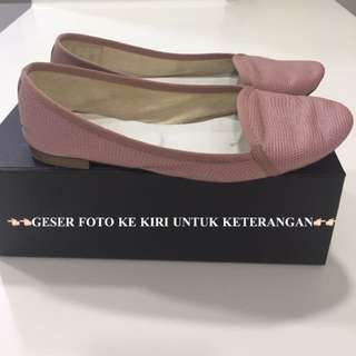 Repetto flat shoes special edition