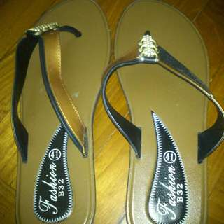 Summer Slippers Size 40-41