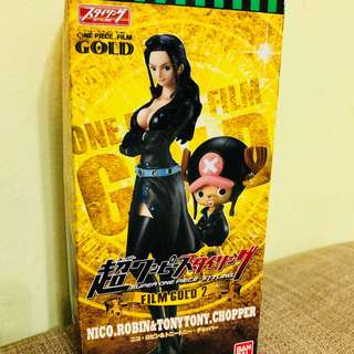 One Piece Chopper and Robin Film Gold 2