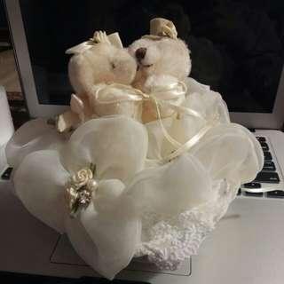 Wedding ROM cushion for rings