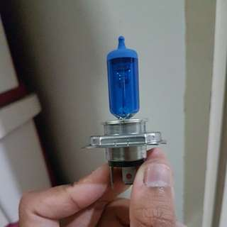 H4 motorcycle light bulb