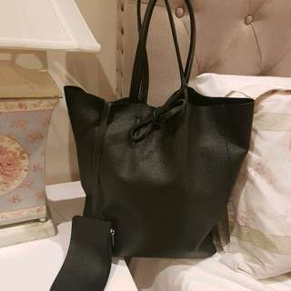 Italian leather black tote handbag