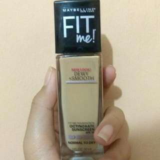 MAYBELLINE FIT ME FOUNDATION DEWY SMOOTH 220 NATURAL BEIGE