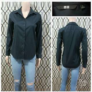BNWT UNIQLO BLACK TOP