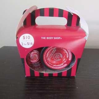 Body Shop Strawberry Gift Set