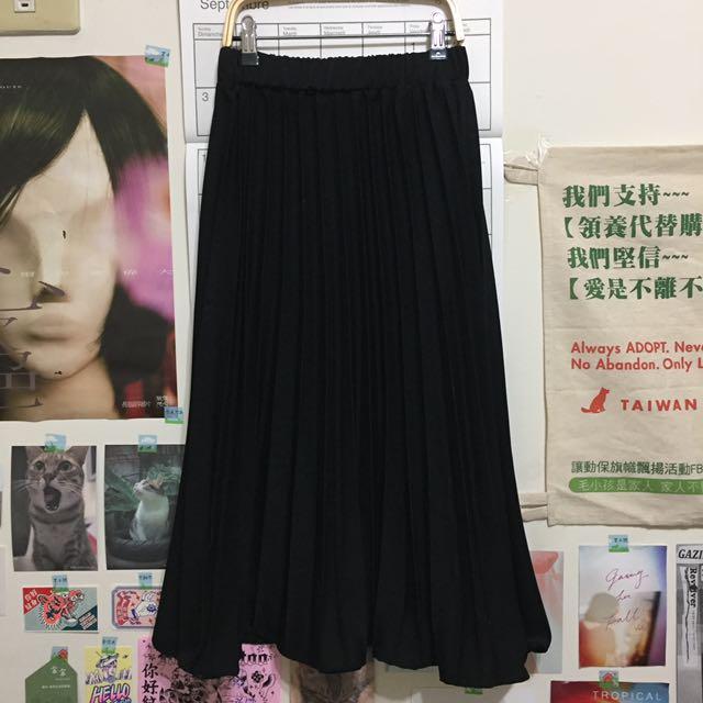 黑色百摺裙