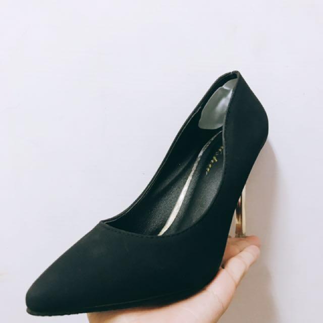 細根✨黑色高跟鞋