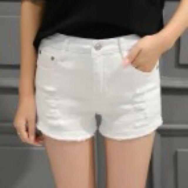 牛仔白色短褲