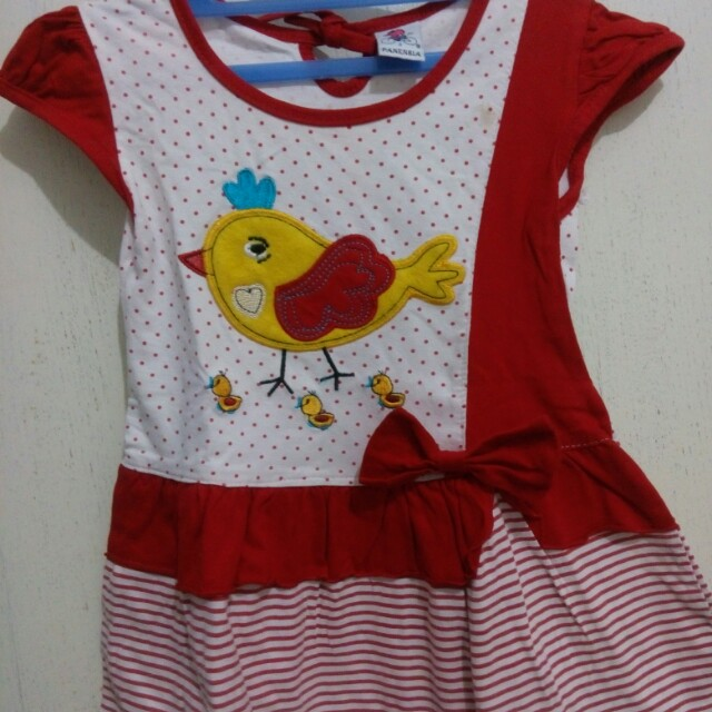 Baju anak perempuan motif anak ayam