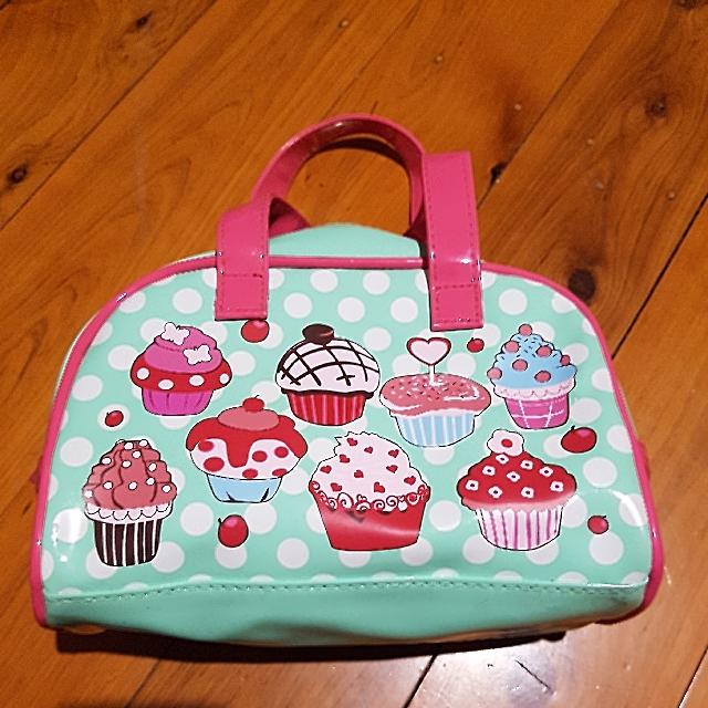 Bobbleart small green/pink cupcake handbag (adult or child)