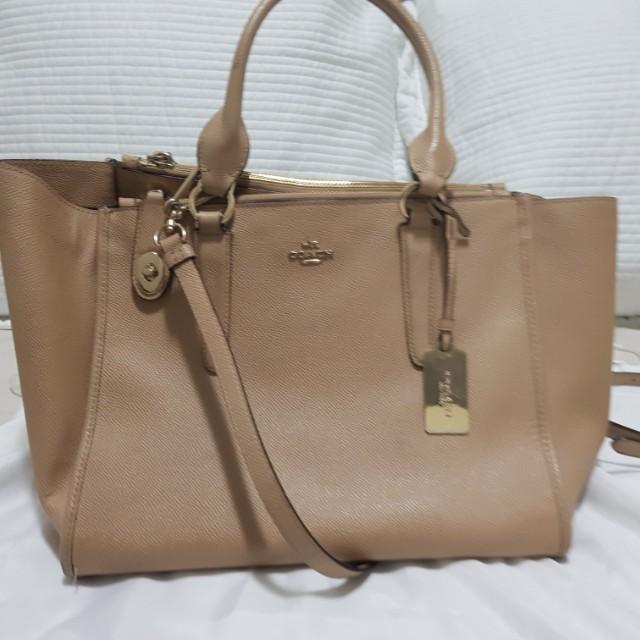 Coach Handbag - Authentic, leather