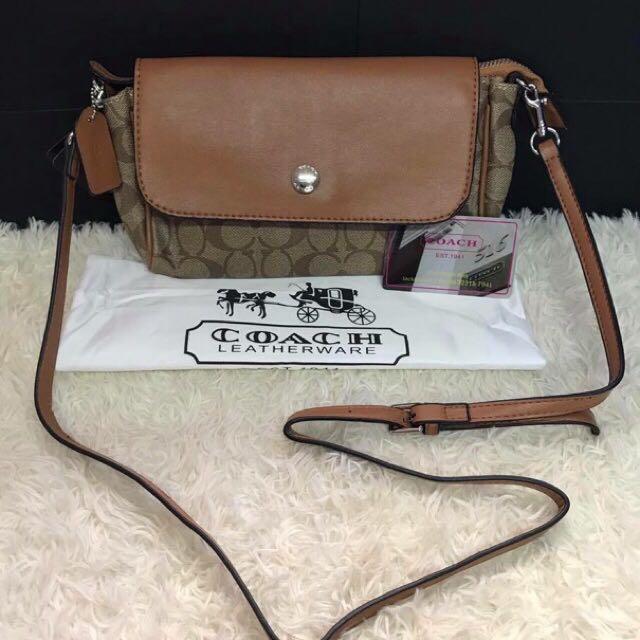 COACH MINI SLING BAG(Authentic)