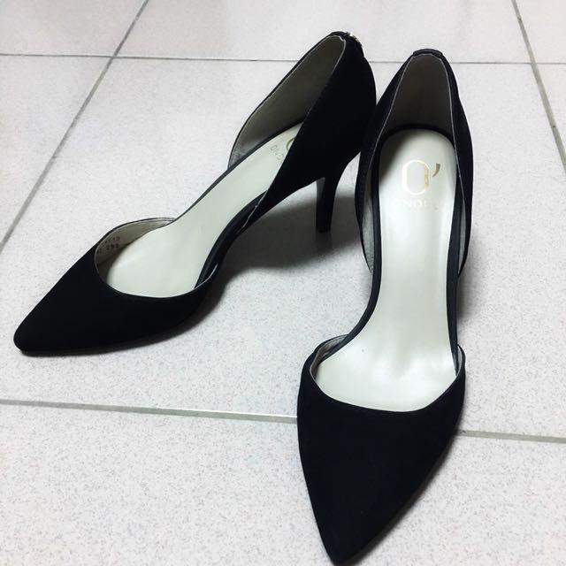 達芙妮DAPHNE 圓漾ONDUL 黑色尖頭高跟鞋