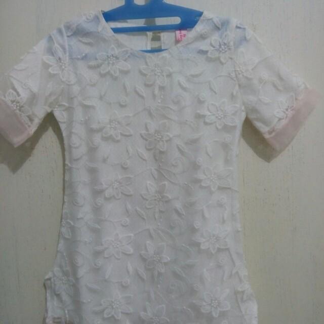 Dress putih anak perempuan