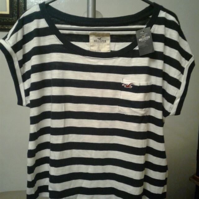 Hollister hanging stripe top