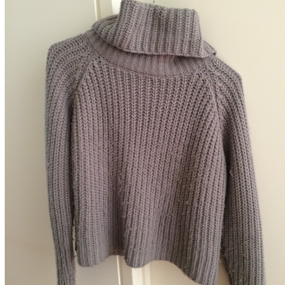 Lulu and Rose Grey Knit Turtle Neck Jumper