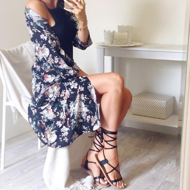 Miss Holly Kimono