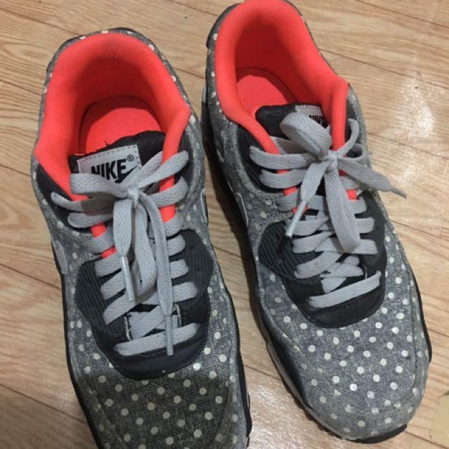 Nike air MAX polka dots