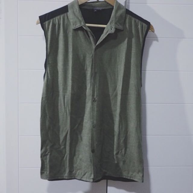 Oxygen Muscle Button down
