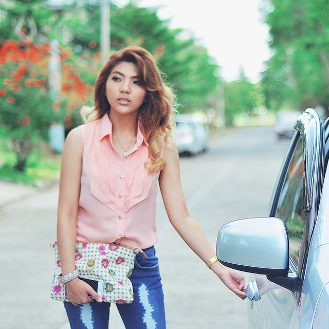 Pastel sleeveless top