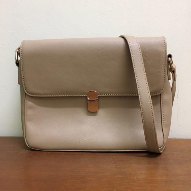 130d1535c9 Preloved Vincci Casual Shoulder Bag
