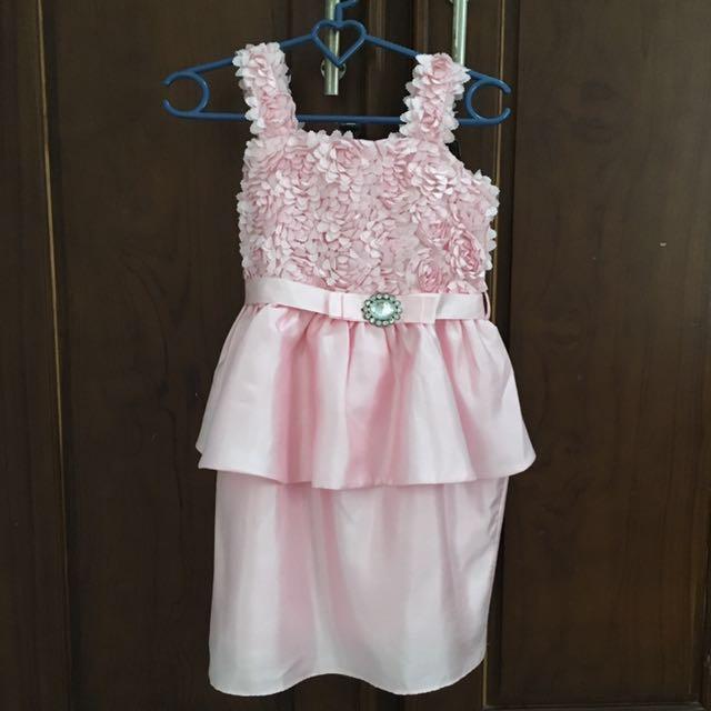 Pretty baby pink dress