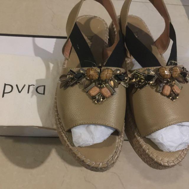 Pvra stravpa size 37 murah good condition ☺️