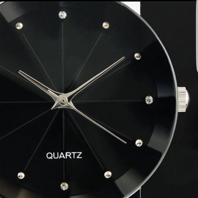 Quartz men's watch 10 available - $10 each