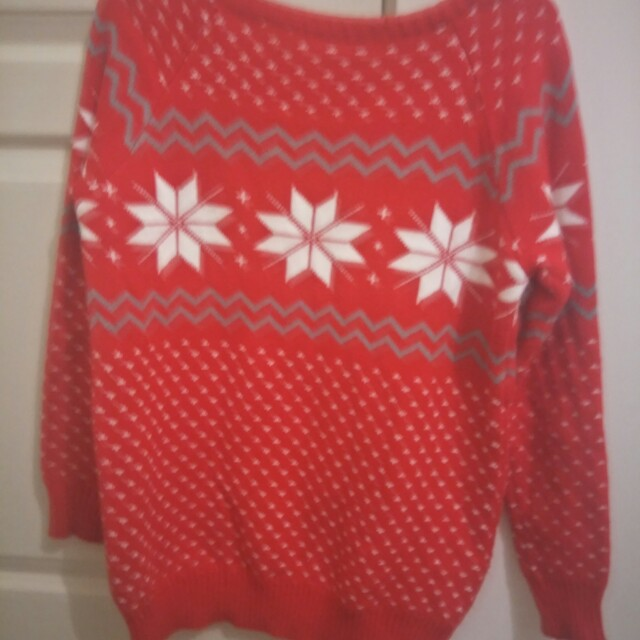 Red snow flake jumper