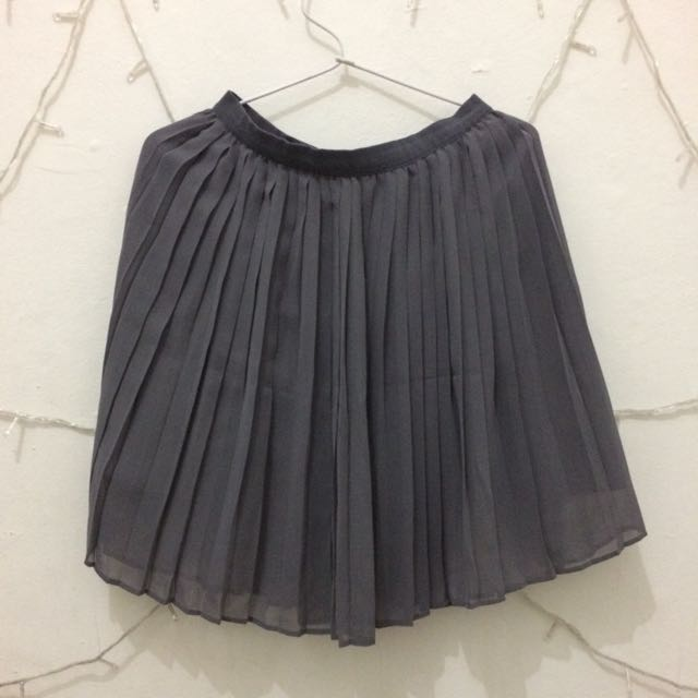 Rok Uniqlo Sifon Pleated