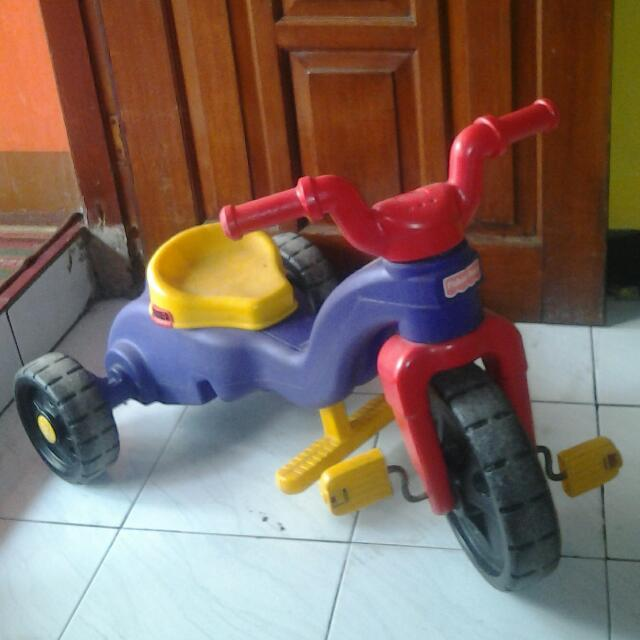 Sepeda Baby Fisher Price