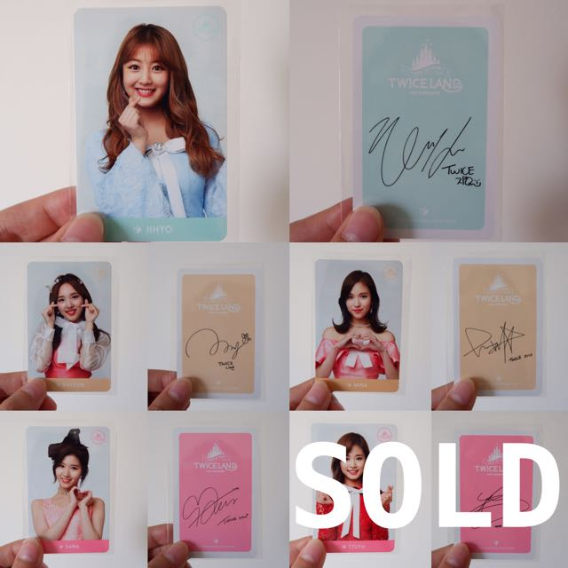 TWICE PHOTOCARD WITH SIGNATURE