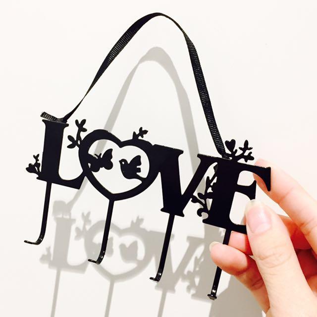Typo || Key Hanger